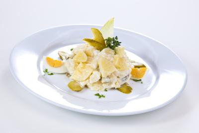 Kartoffelsalat mit Salatmayonnaise