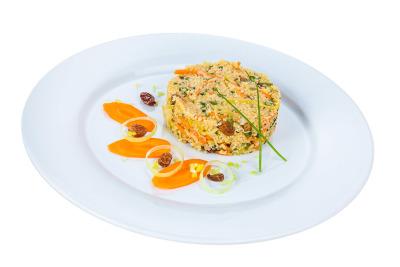 Bulgur Salat mit Rosinen