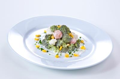 Brokkoli-Blumenkohl- Salat mit Joghurtdressing